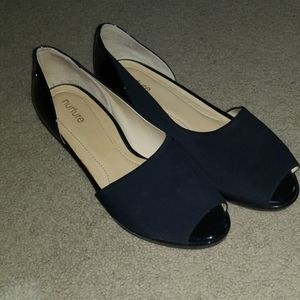 CUTE! Side cut black wedge dress shoes